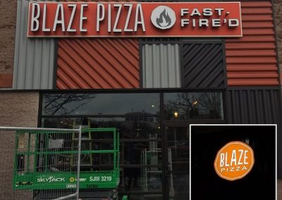 signs for pizza restaurants